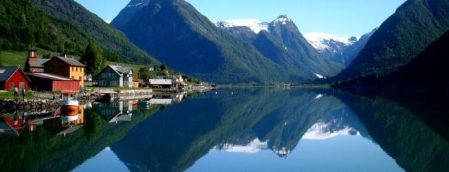 In Norvegia cercano guide turistiche a 2000 Euro al mese