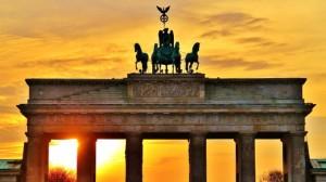 trasferirsi all'estero trasferirsi a Berlino andare a vivere a Berlino
